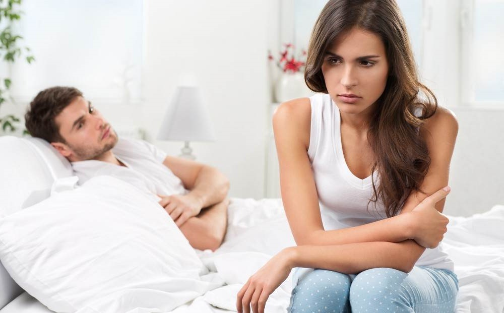 облегающее тело если мужчина все время пытается до вас дотронуться этой статье расскажем
