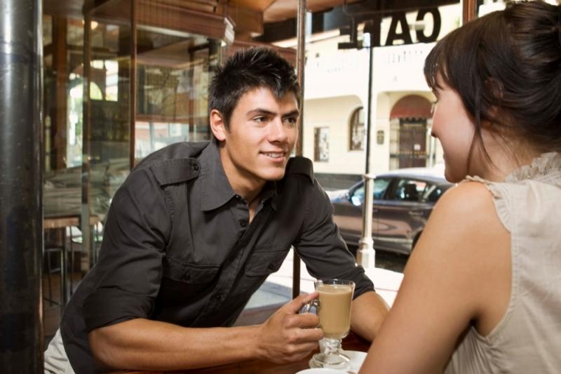 Признаки влюбленного мужчины  как распознать