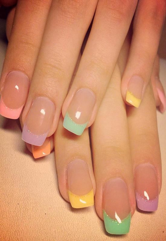 Маникюр для коротких ногтей разноцветный френч