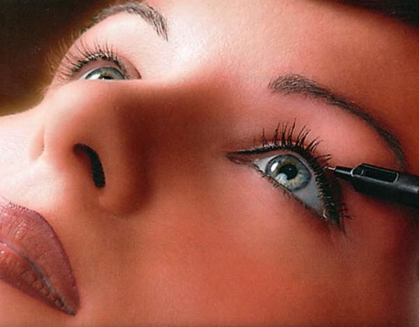 permanentnyj-makijazh-glaz