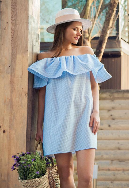 Платье с воланом на плечах сшить своими