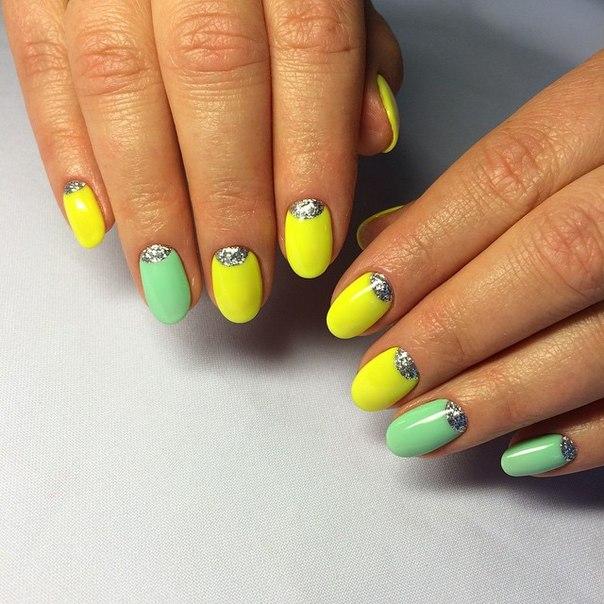 Дизайн ногтей. желтый с зеленым