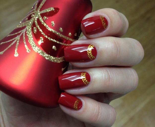 29 фото маникюр красно золотого цвета двухцветный дизайн 67