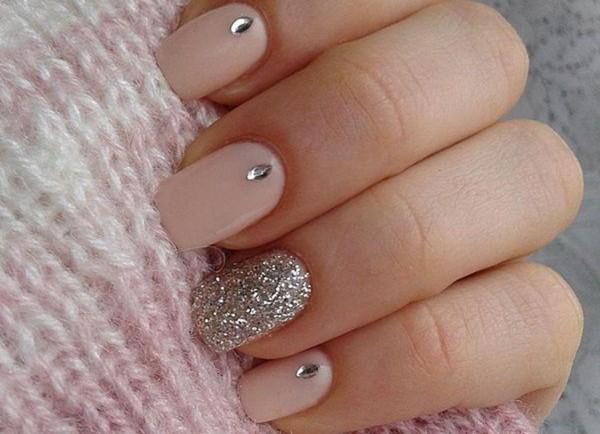 Ногти шеллак дизайн со стразами