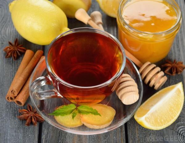 hot-ginger-tea-with-lemon-and-honey