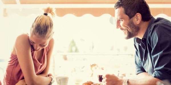 o-WOMAN-MAN-TALKING-LOVE-facebook1