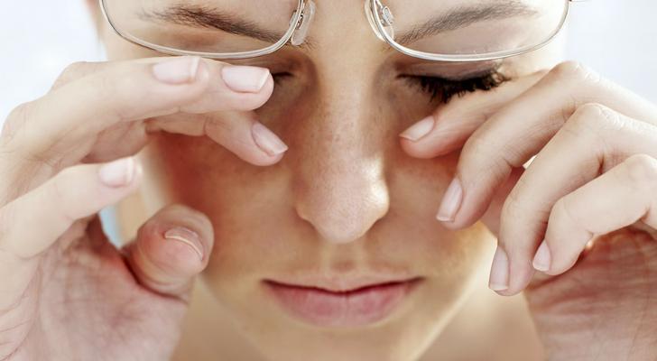 Как накрасить глаза если плохое зрение 2