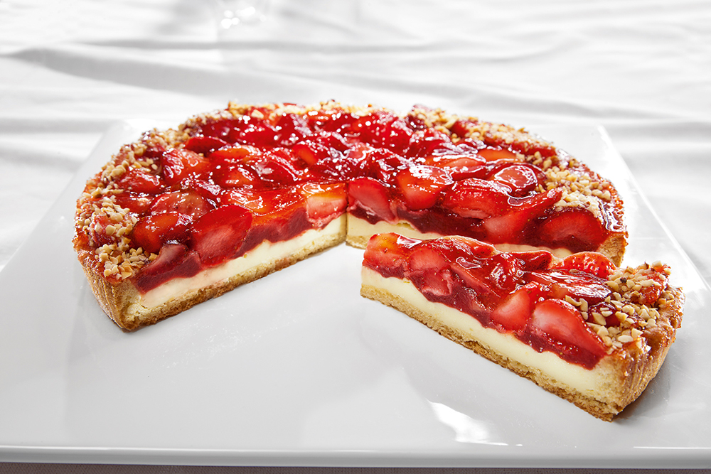 пирог с клубникой и творогом рецепт с фото