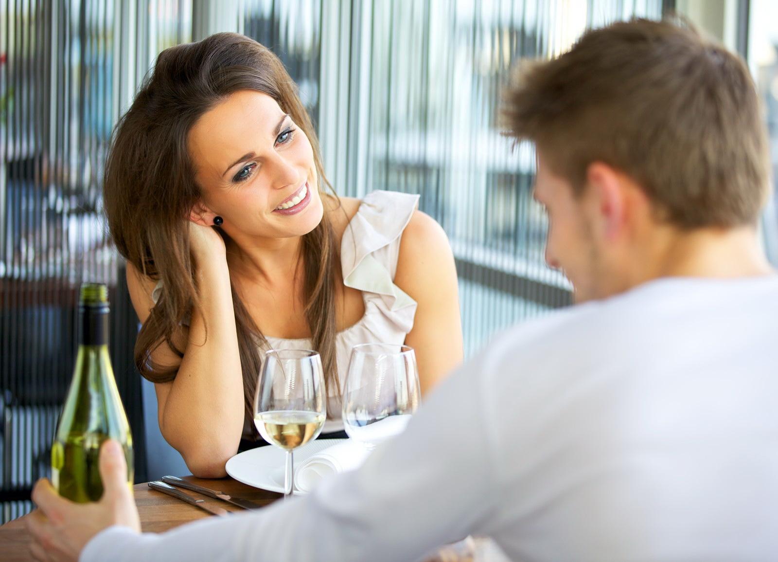 Что говорить девушке после знакомства