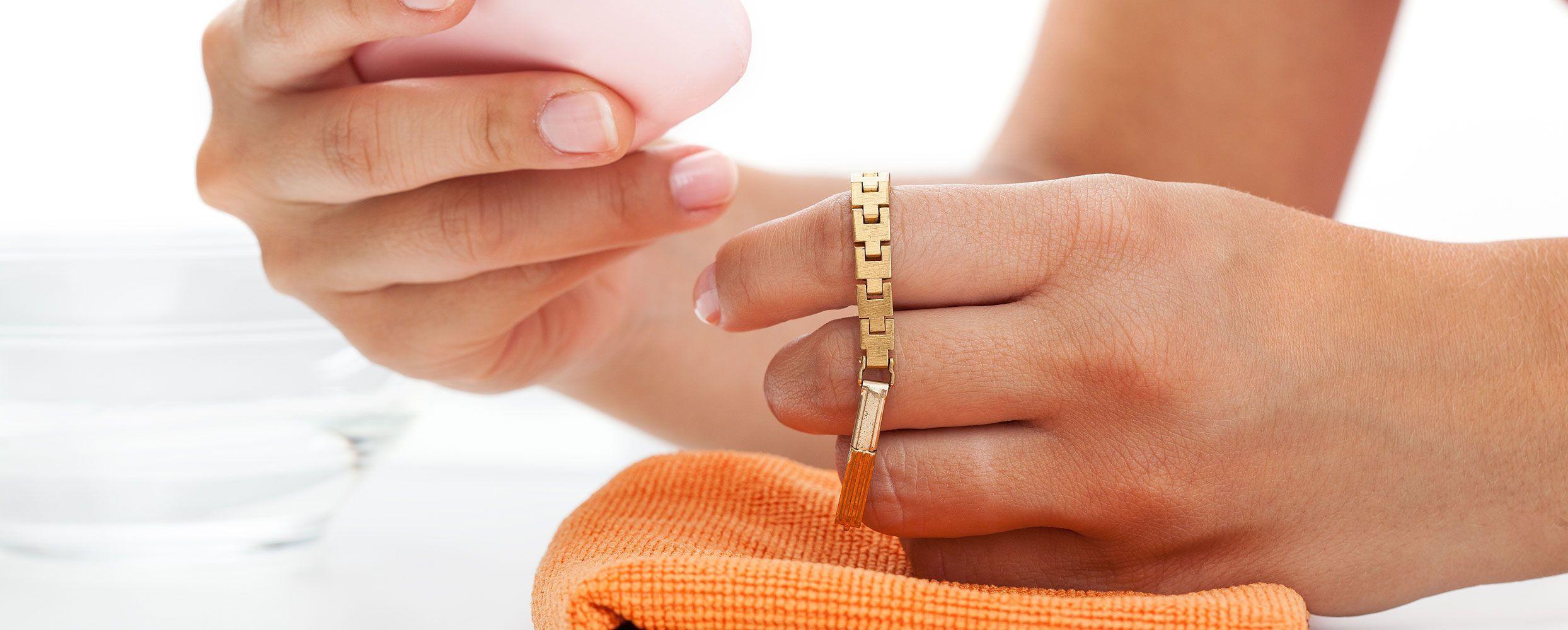 Чем почистить серебро и золото в домашних условиях быстро и эффективно