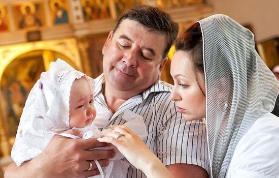 может ли знакомый быть крестным