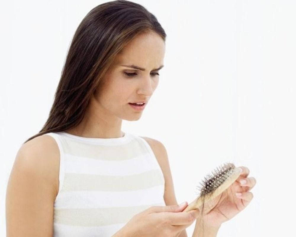 Выпадают волосы во время беременности почему
