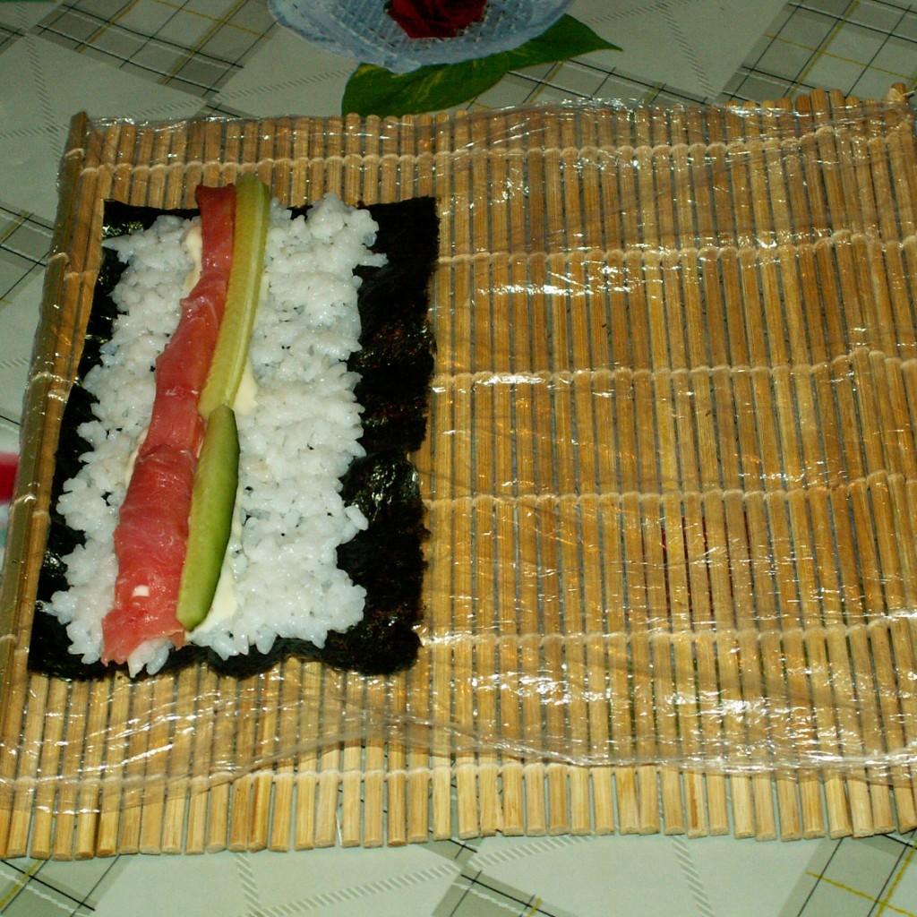 Как делать суши в домашних условиях пошагово без коврика