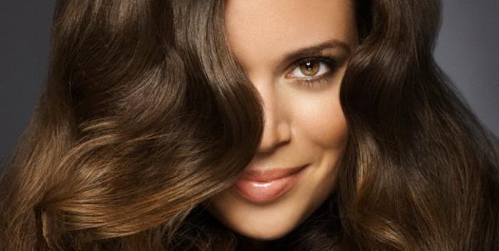 Как сделать длинные волосы пышнее у корней