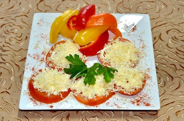 фаршированные помидоры с сыром рецепт с фото