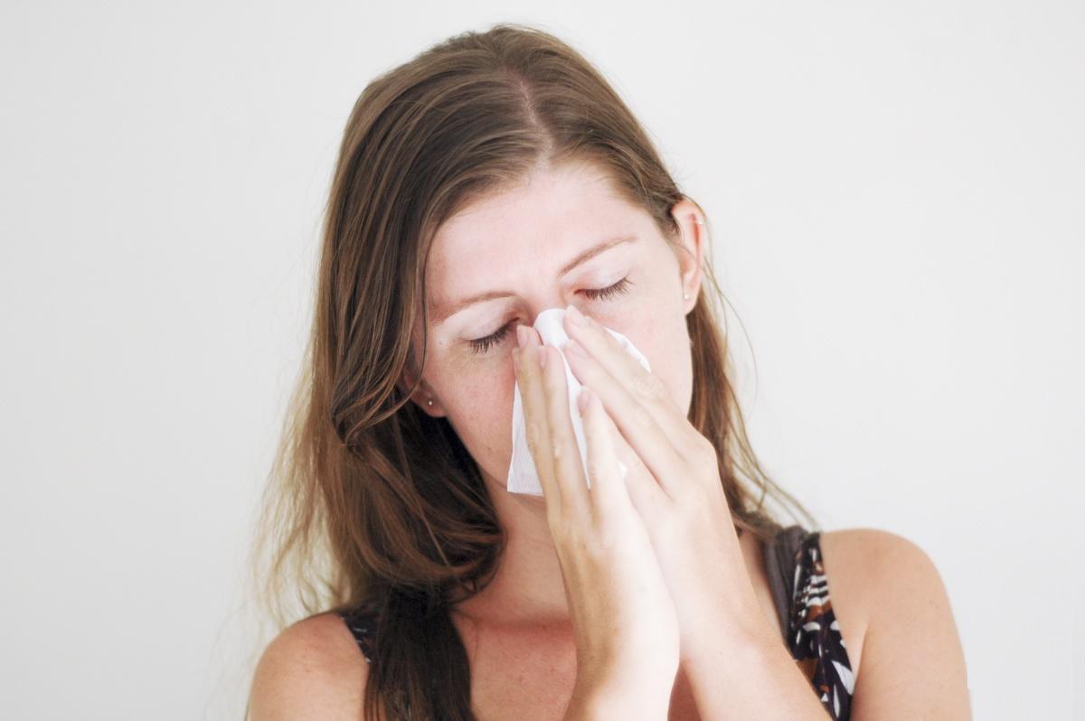 Чем промывать нос при насморке аквамарис