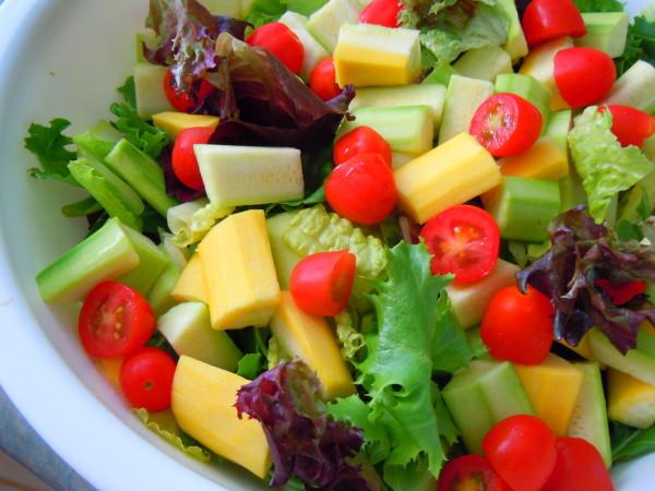 a_good_garden_salad_178738_4320_3240