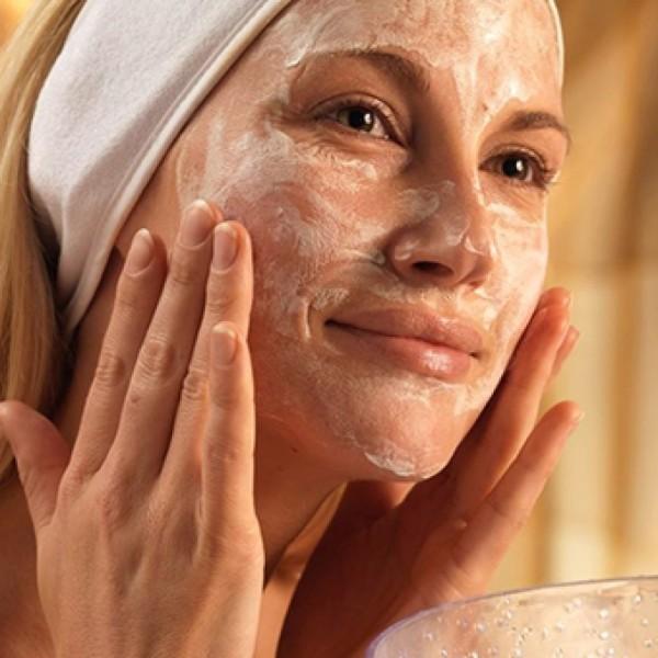 Витаминно-глицериновые-маски-рецепты-1024x1024