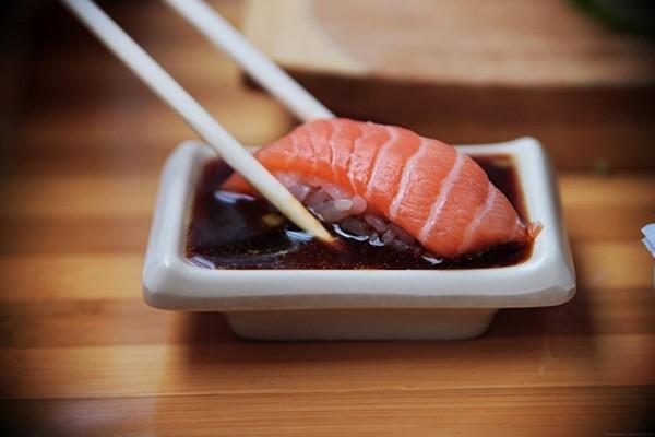 1439872606_sushi10