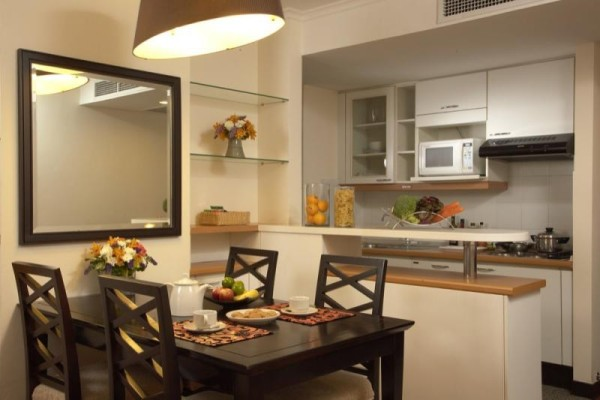 7432dining-kitchen-22393
