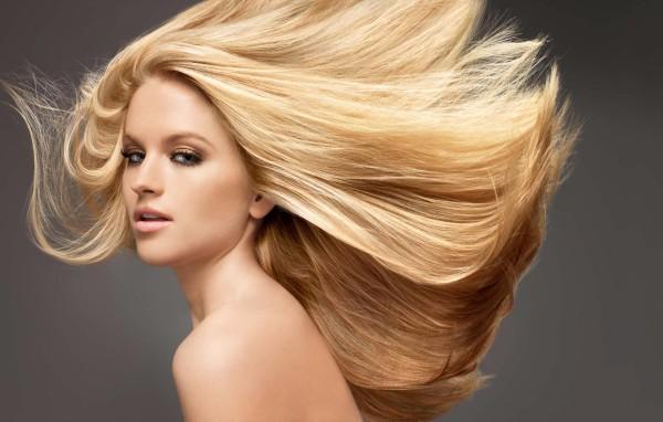 Картинки по запросу Избавиться от электризации волос в холодную пору года!