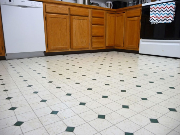 How-to-clean-linoleum-and-make-it-shine