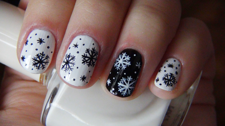 Рисунки на ногти к новому году