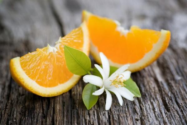 plody-cvetok-apelsinovogo-dereva