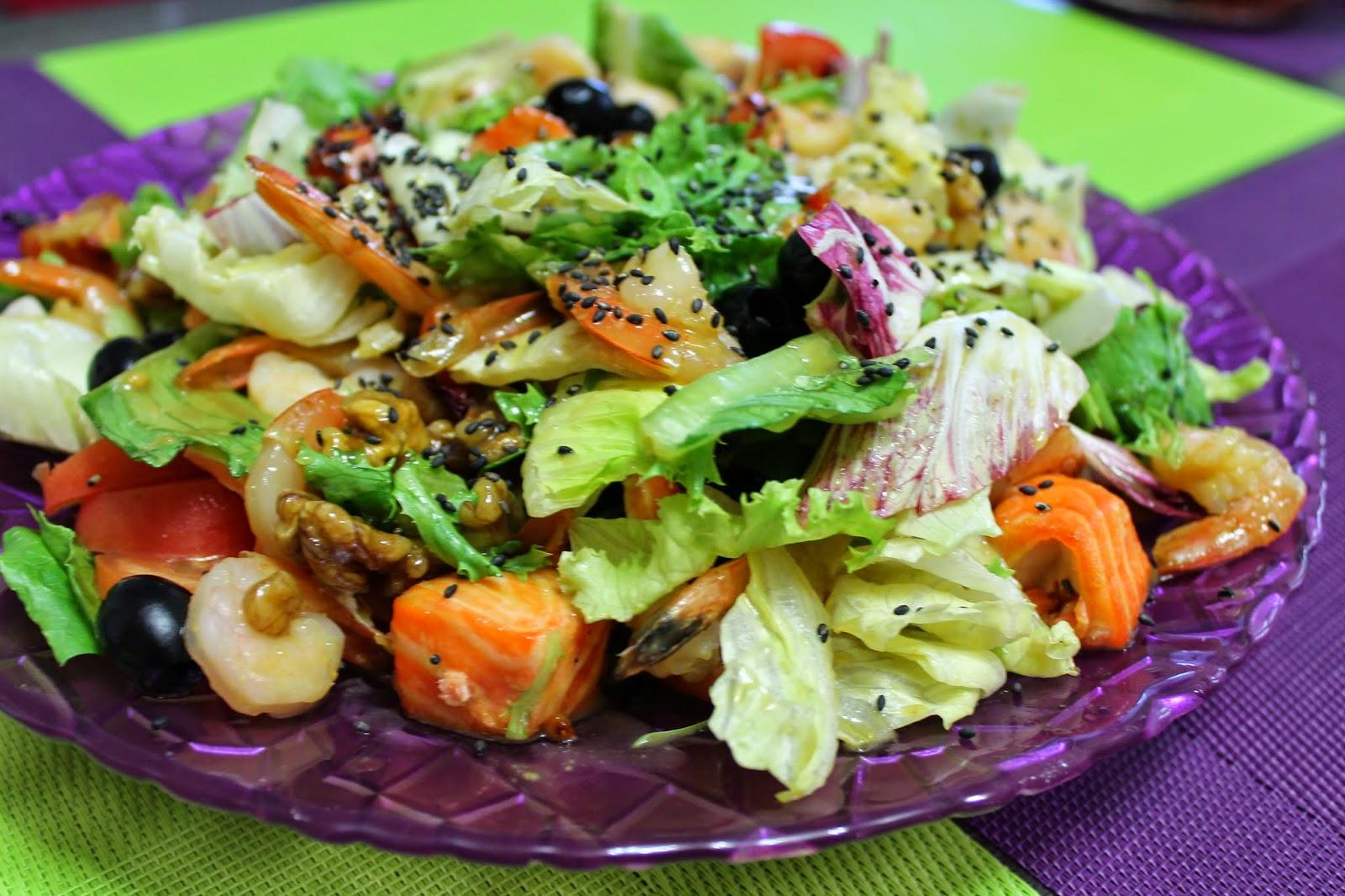 Изысканные рецепты салатов с фото