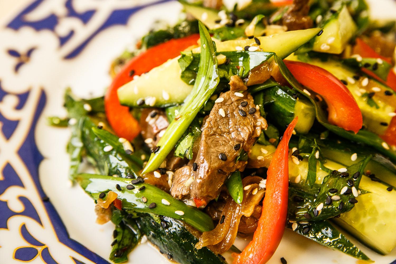 Салат южный с говядиной рецепт