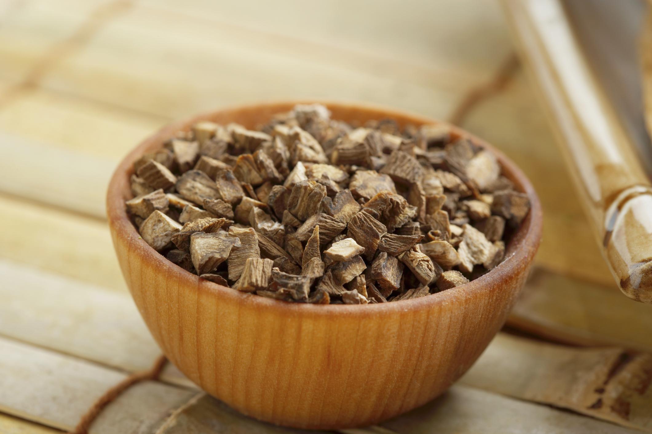 корни лопуха для волос применение