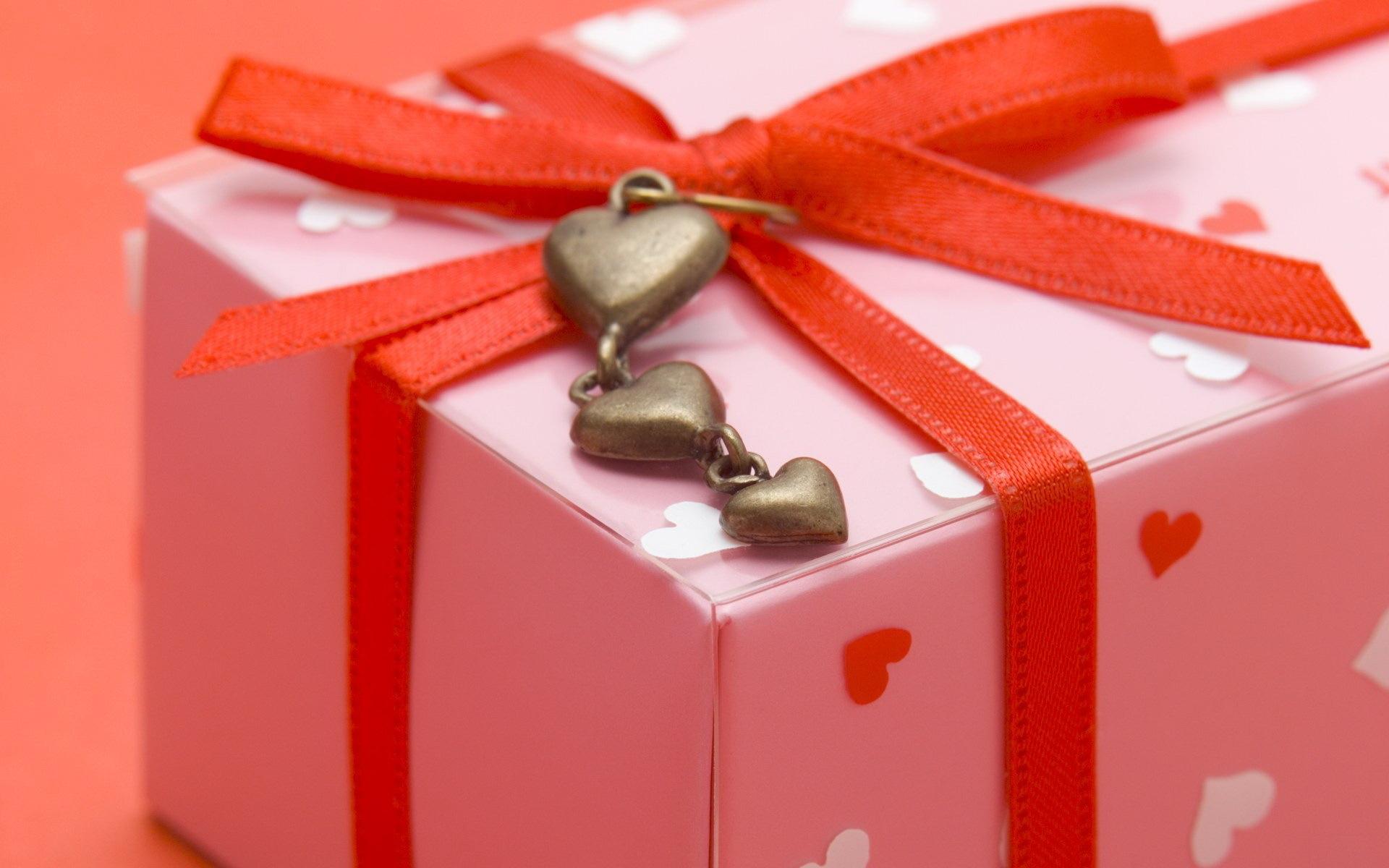 Какой подарок подарить тёте на день рождения