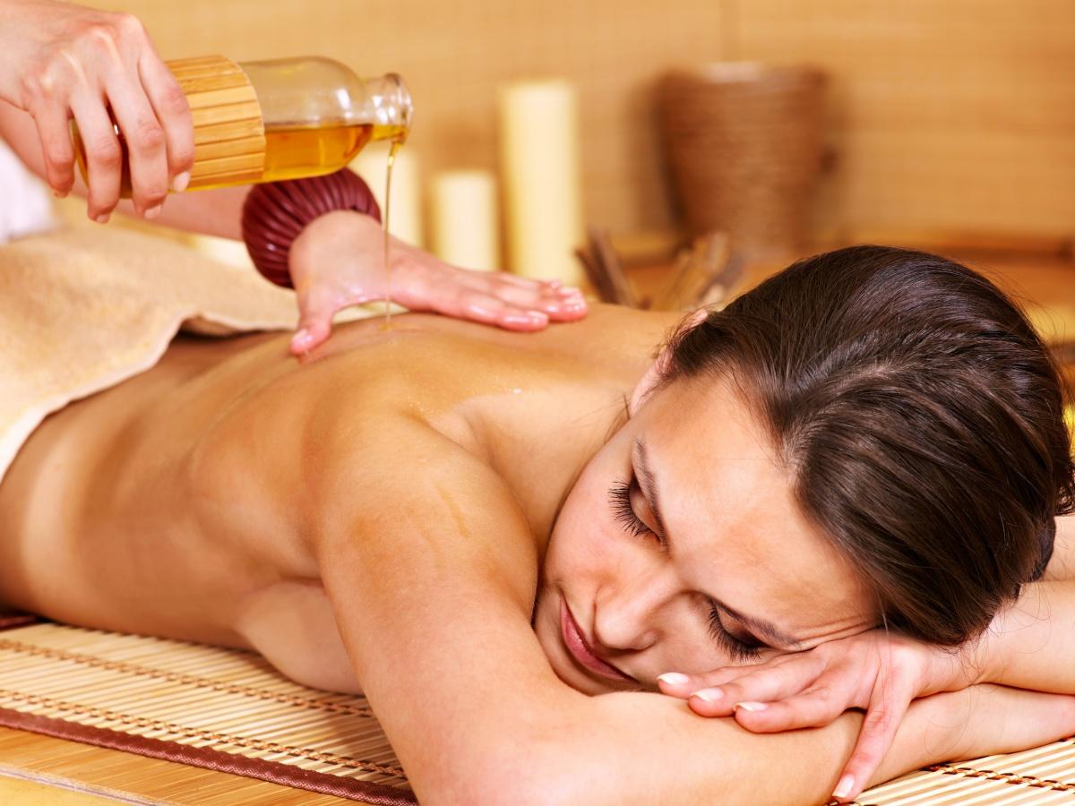 Масляный массаж для секси скачать