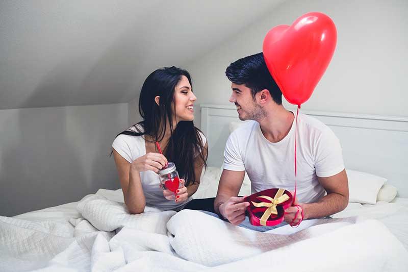 как сделать сюрприз мужу на годовщину знакомства