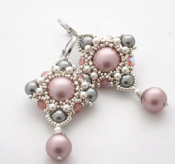 eaec956f95cc03536de979ed8153f2b0--earring-tutorial-beaded-earrings