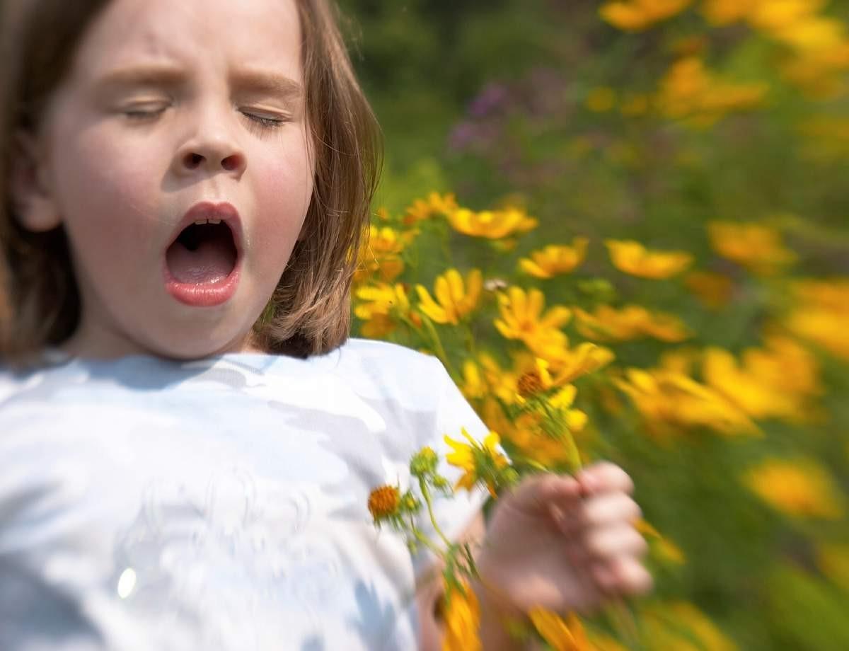 как проявляется аллергия в горле