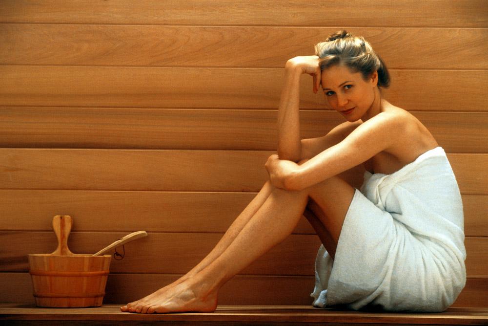 Секс с похмелья в бане