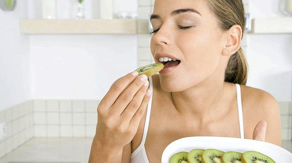 Когда Есть Киви Чтобы Похудеть. Можно ли киви есть вечером при похудении. Как применять киви для похудения