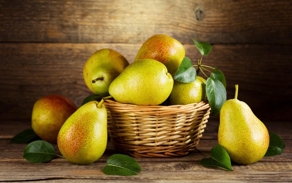 Груша: калорийность, польза и вред вкусного фрукта, а также рецепты